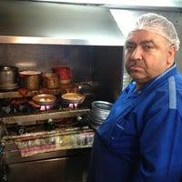 2/24/2013 tarihinde Cihat G.ziyaretçi tarafından Lades Restaurant'de çekilen fotoğraf