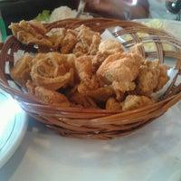 Photo taken at Magic Chicken by Fábio A. on 2/13/2013
