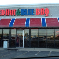 Photo taken at Red Hot & Blue  -  Barbecue, Burgers & Blues by Catherine C. on 5/5/2013