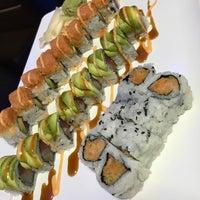 รูปภาพถ่ายที่ Sawa Sushi โดย Chris J. เมื่อ 10/10/2017