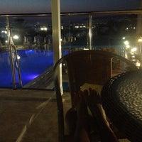Photo taken at Queen's bay lounge bar by Mariya B. on 8/1/2013