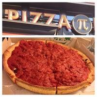 Das Foto wurde bei Pi Pizzeria von Elton T. am 6/29/2013 aufgenommen