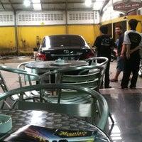 Photo taken at Checkpoint Auto Salon Cafe by Martina M. on 2/15/2013