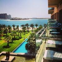 Das Foto wurde bei Rixos The Palm Dubai von Bakytzhan Z. am 6/1/2013 aufgenommen