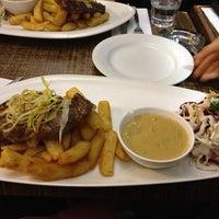 Photo taken at Universal Italian Restaurant by Lim C. on 3/3/2013