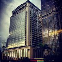 Photo taken at Mandarin Oriental, Hong Kong 香港文華東方酒店 by Mandy H. on 4/19/2013
