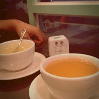 Photo taken at Café humming 카페 허밍 by jiyun k. on 10/11/2012