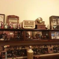 2/16/2013 tarihinde Mehmet D.ziyaretçi tarafından Cafe&Shop'de çekilen fotoğraf