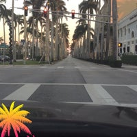 Photo taken at Palm Beach Island by Mohammad B. on 12/15/2017