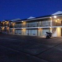 Photo taken at Econo Lodge by Manu C. on 9/14/2013