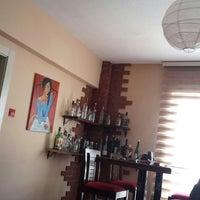 11/4/2014 tarihinde Ahmet A.ziyaretçi tarafından SECOND HOUSE'de çekilen fotoğraf