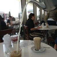Photo taken at Gran Café de la Parroquia by Jaime O. on 2/21/2013