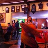 Foto tirada no(a) Sr Glutton Restaurante e  Pizzaria por Geraldo S. em 4/4/2013