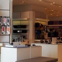 Photo taken at Sony Store by Memo T. on 1/19/2013