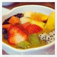 Photo taken at Kulu Dessert by Michael Y. on 6/8/2014