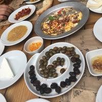 2/11/2018 tarihinde Fatihziyaretçi tarafından Saray Kapı Kahvaltı & Cafe'de çekilen fotoğraf
