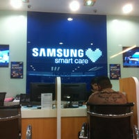 Photo taken at Samsung Service Centre by Nic T. on 4/26/2013