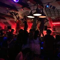 Снимок сделан в Old School Bar пользователем Lidia L. 6/1/2013