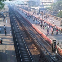 Photo taken at Jogeshwari Railway Station by Hardik B. on 2/21/2013