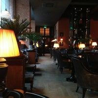 1/25/2013 tarihinde Asker K.ziyaretçi tarafından Mandarin Bar'de çekilen fotoğraf
