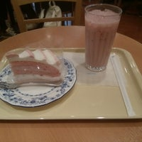 Photo taken at Doutor Coffee Shop by psi s. on 4/14/2013
