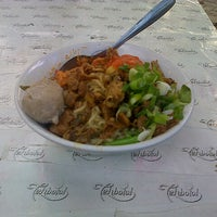 Photo taken at mie ayam by tjelicious on 3/15/2013