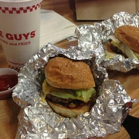 Photo taken at Five Guys by Loraine S. on 6/29/2013