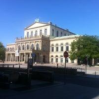 Das Foto wurde bei Opernplatz von Uwe M. am 7/20/2013 aufgenommen