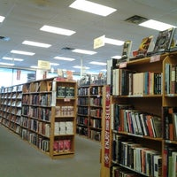 Photo taken at Half Price Books by Darian S. on 2/7/2013