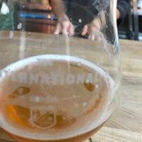 Das Foto wurde bei The International Beer Bar von Harrolf H. am 8/10/2017 aufgenommen