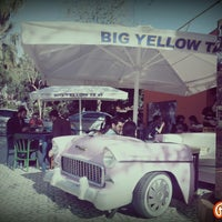 Photo taken at Big Yellow Taxi Benzin by Özlem Ç. on 4/5/2015