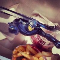Das Foto wurde bei McDonald's von Blondie am 1/5/2014 aufgenommen