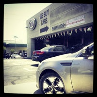 Photo taken at Findlay Kia Service Dept by Alex-Arthur W. on 5/20/2013