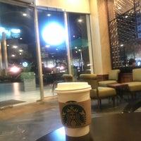 Photo taken at Starbucks by Pipat S. on 10/28/2017