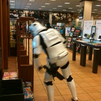 Photo taken at Barnes & Noble by Mary Ellen on 10/6/2012