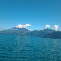 Foto tomada en Lago Todos Los Santos por Yoana M. el 3/2/2013