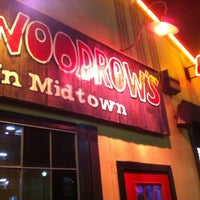 Photo taken at Little Woodrow's by Fabio F. on 4/14/2013