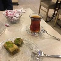Photo taken at Lavinya Pastaneleri by Fatih K. on 12/18/2017