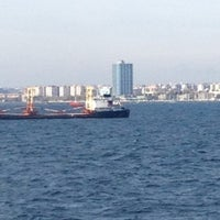 รูปภาพถ่ายที่ Ataköy Marina โดย /\/\ |_| |~| $ ! |\| . เมื่อ 6/1/2013