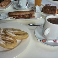 Photo taken at Café & Tapas by Reto E. on 7/27/2014
