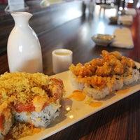 Photo prise au Yen Sushi & Sake Bar (Century City) par LA Weekly le5/6/2013