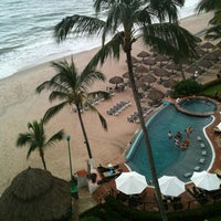 Photo taken at Dreams Resort & Spa by Jorge R. on 9/20/2013