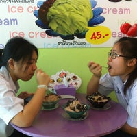 Photo taken at TW gether ' Ice Cream by Suarez Birdy Z. on 7/15/2013