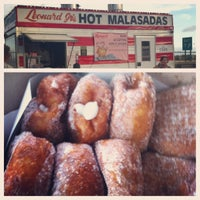 Photo taken at Leonard Jr.'s Malasadas Mobile by Kenneth L. on 6/2/2013