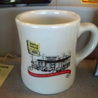 Photo taken at Waffle House by James D. on 9/17/2012
