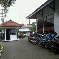 Photo taken at Bank Jatim by Andreansyah S. on 3/15/2013