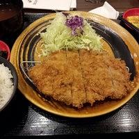 Photo taken at Tonkatsu by Terazawa by Bryan I. on 10/5/2014