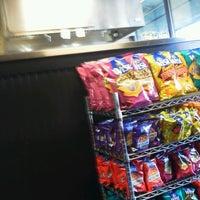 Das Foto wurde bei Capriotti's Sandwich Shop -Temporarily Closed von Kory H. am 3/1/2013 aufgenommen
