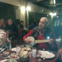 Foto tirada no(a) Mahmut Kaptan'ın Yeri por SELİ S. em 3/11/2013