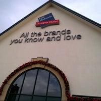 Photo taken at East Midlands Designer Outlet by Fakrul F. on 12/17/2012